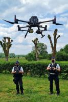 Pilotes et drone d'observation avancée