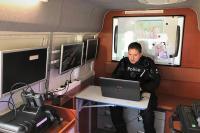 Intérieur du véhicule de commandement mobile